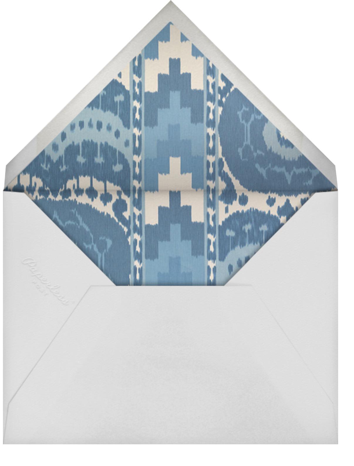 Casual Chic - Schumacher - Spring entertaining - envelope back